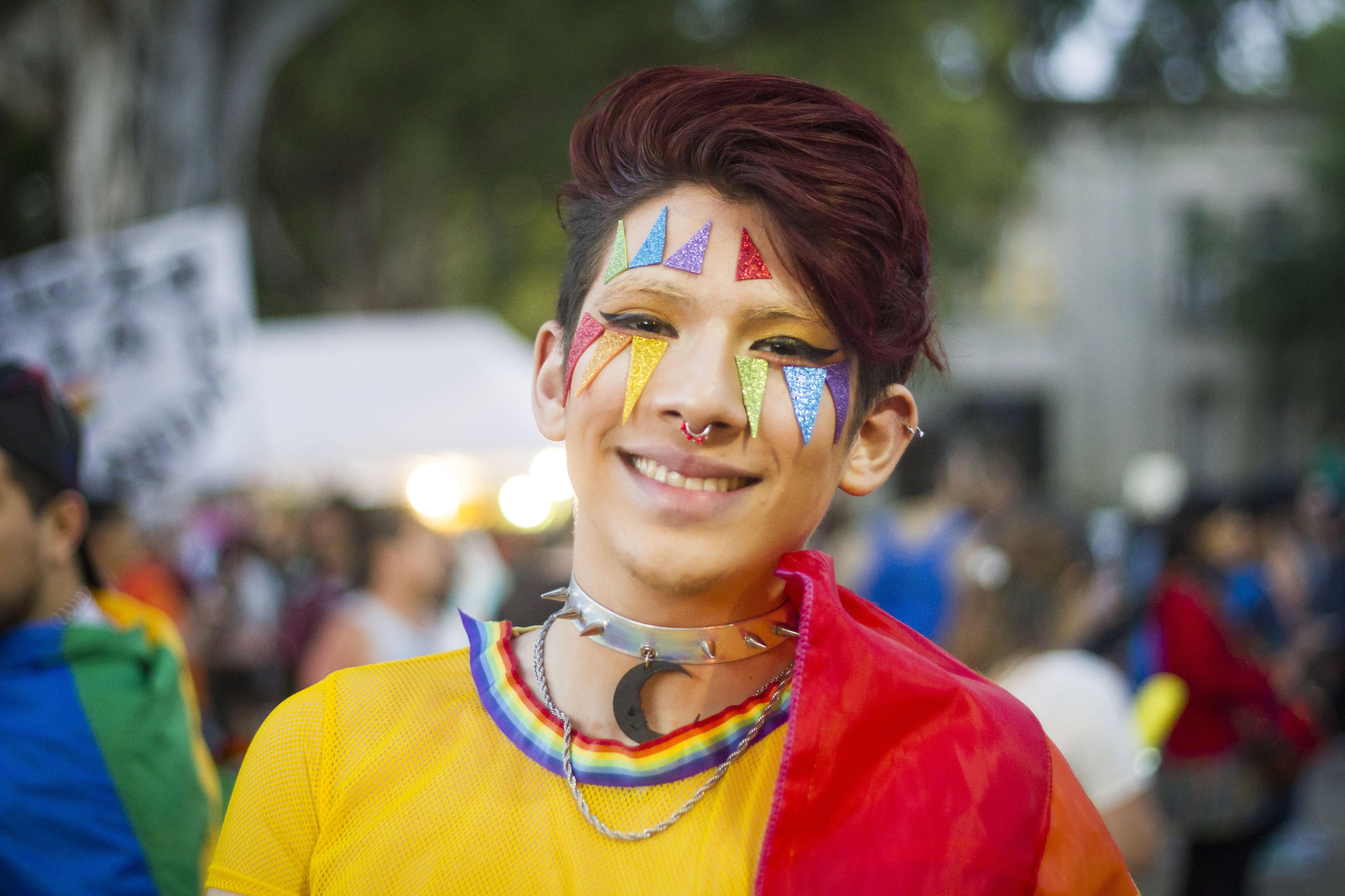 ¿Hombre o mujer? Ningunx: Argentina entrega primera identificación no binaria