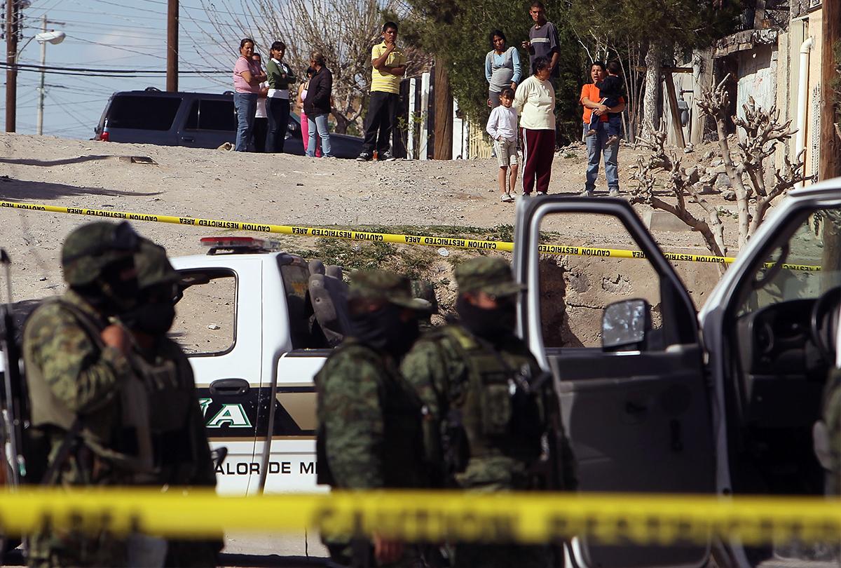 Masacre de seis niños y tres mujeres consterna a México