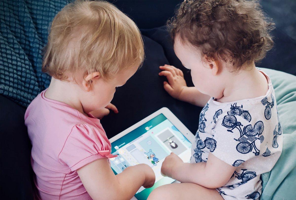 Bebés altruistas: un estudio demuestra que la bondad viene de cuna