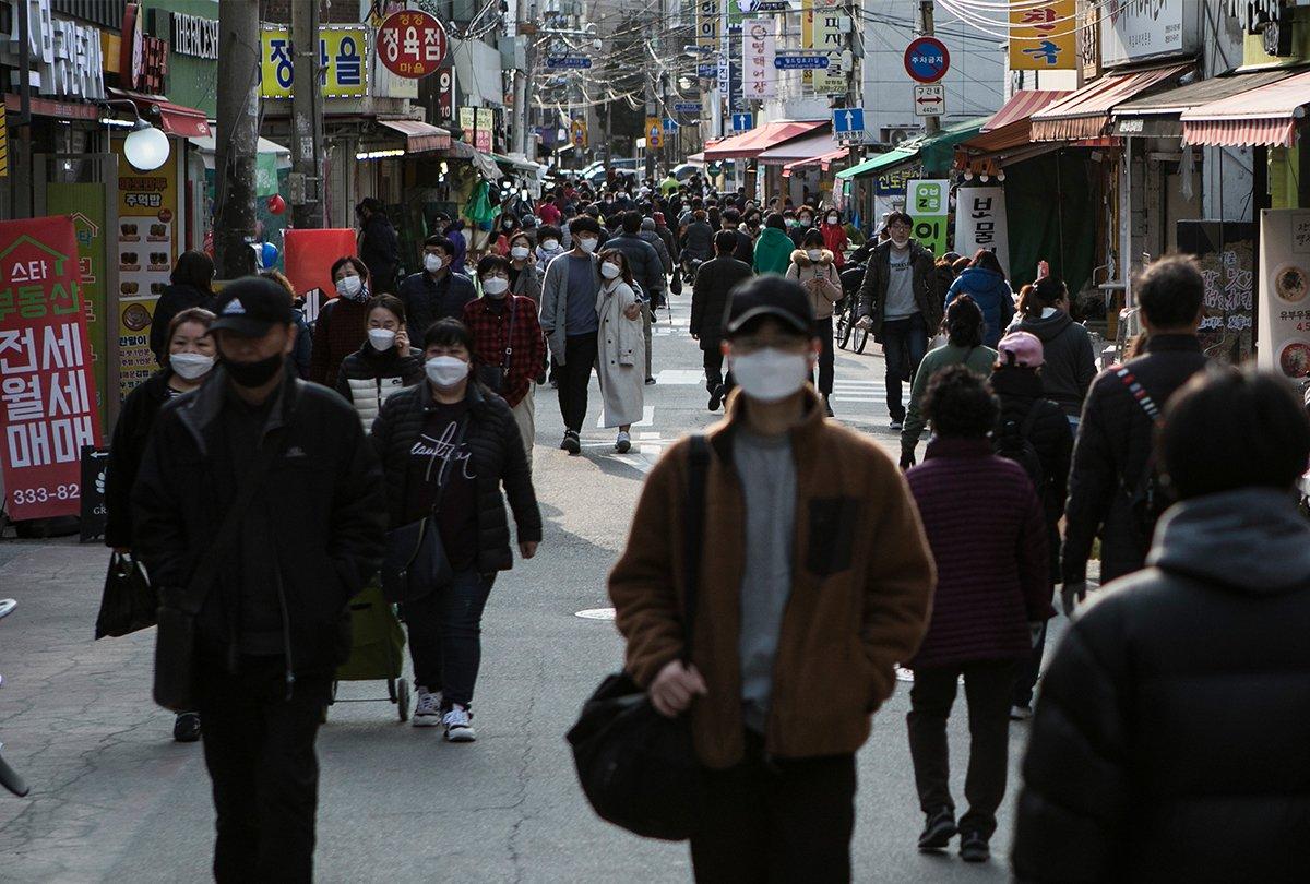 Los nuevos casos de Coronavirus en China y Corea del Sur descienden drásticamente