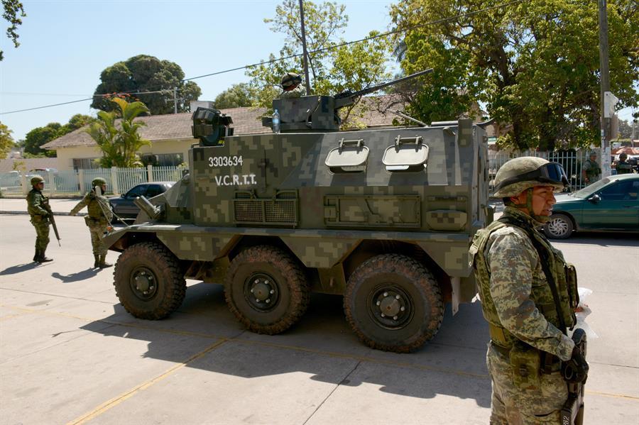 El ejército mexicano ha recibido críticas por el uso de la violencia indiscriminada; esta no es una imagen del tiroteo de Nuevo Laredo. Fuente: EFE