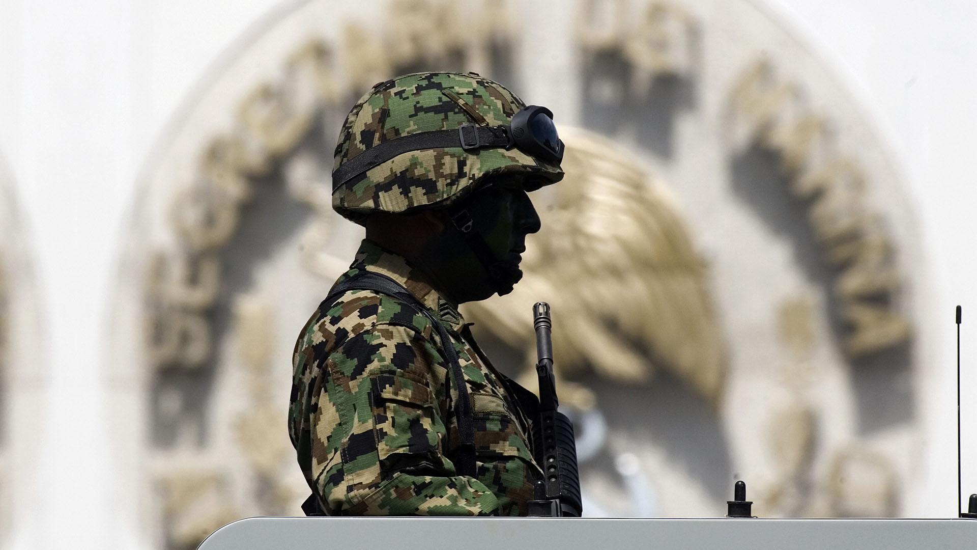 """""""¡Mátalo, mátalo!"""": militares mexicanos asesinaron al superviviente de un tiroteo"""