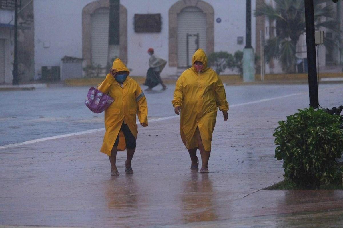 En medio de una pandemia, el huracán Delta pone a prueba al gobierno de México🌪️