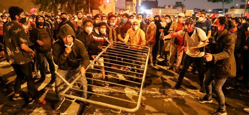 protestas-represion-peru-destitucion-martin-vizcarra