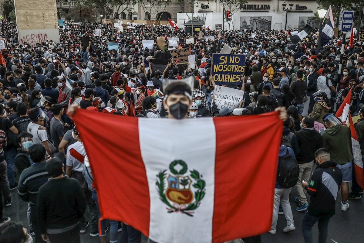 Investigan violaciones a los derechos humanos durante las protestas en Perú