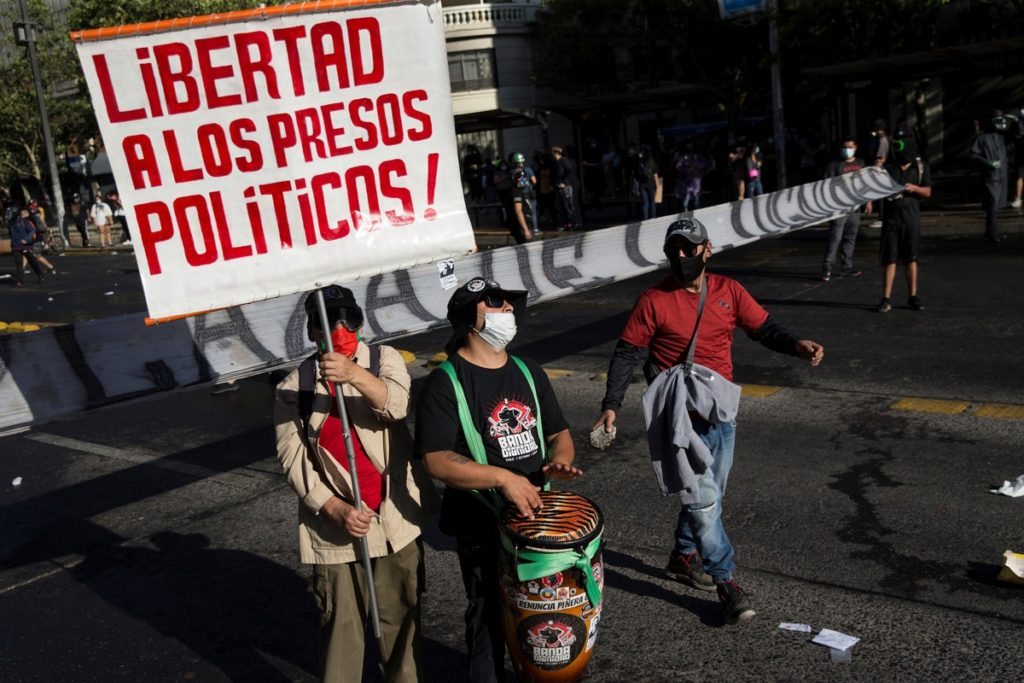 piden-indultar-presos-estallido-chile