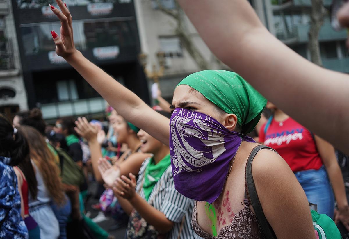 Argentina se indigna por la violación de una joven en su primer día de trabajo