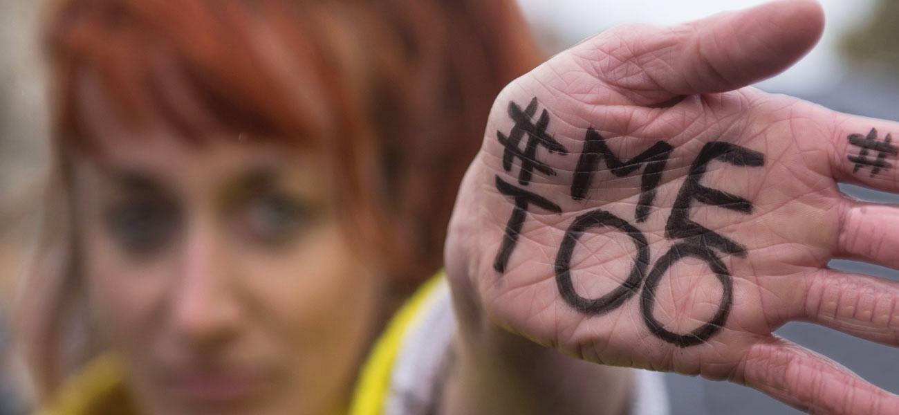 #MeTooInceste: decenas de miles de mujeres rompen silencio sobre el incesto