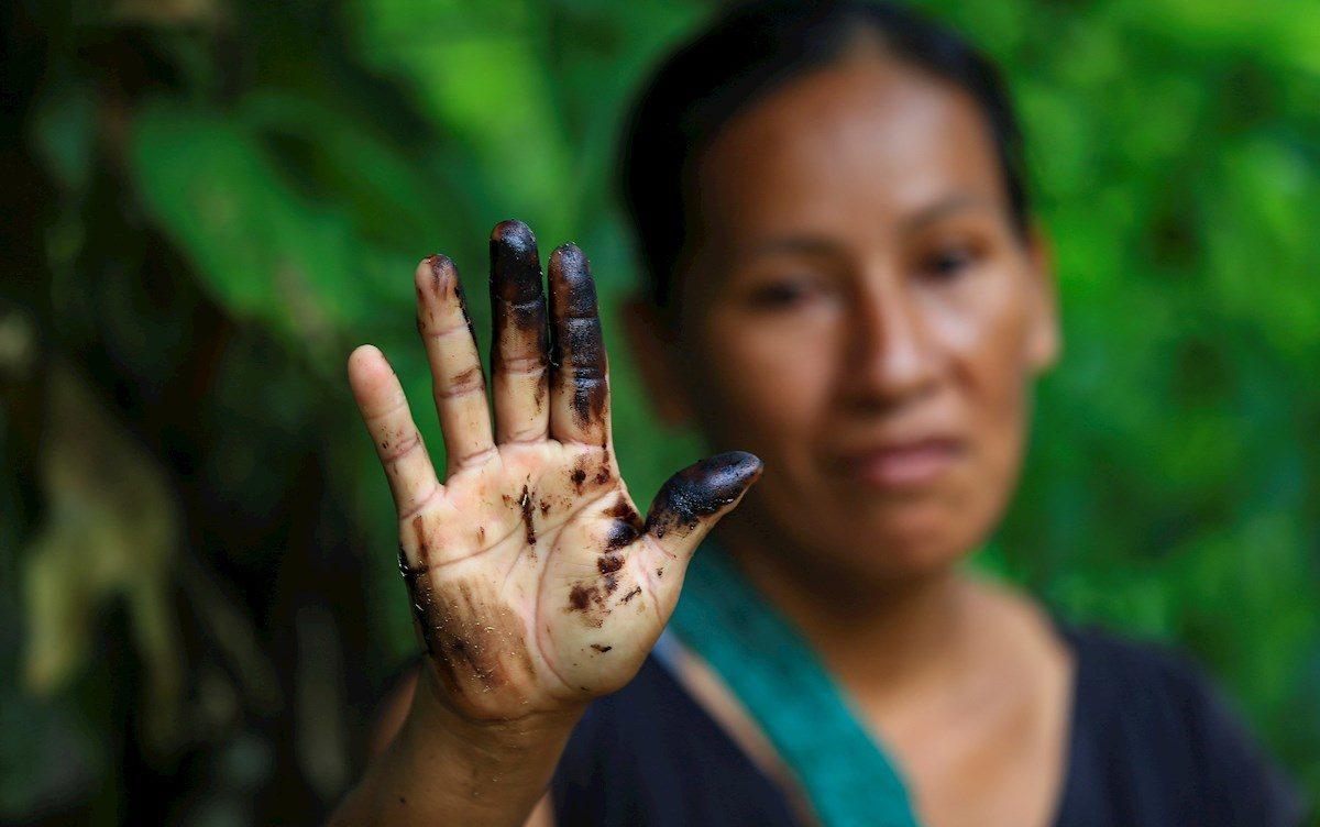 Niñas de la Amazonía ecuatoriana lograron frenar la terrible polución de la quema de gas en la selva 👏