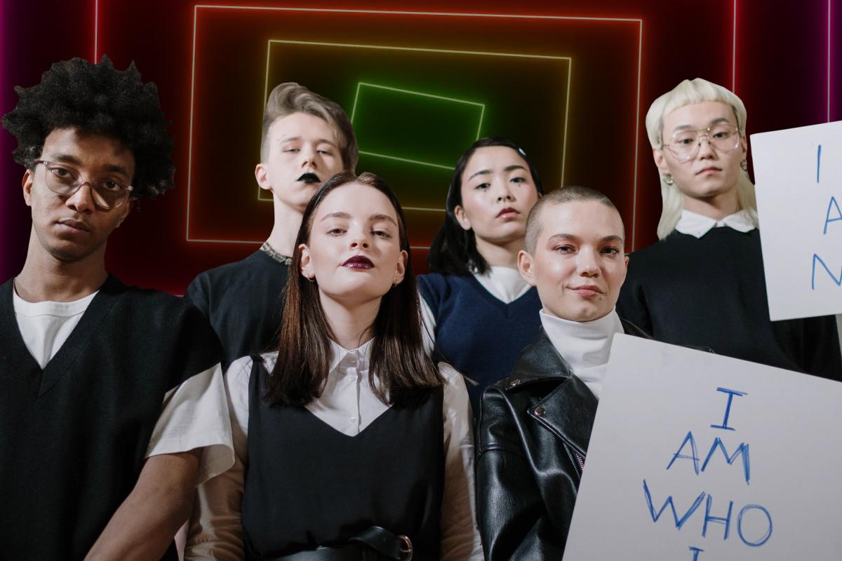 La generación Z pierde el miedo a expresar su identidad: cada vez más se identifican como LGBT ❤️💛💚💜💙
