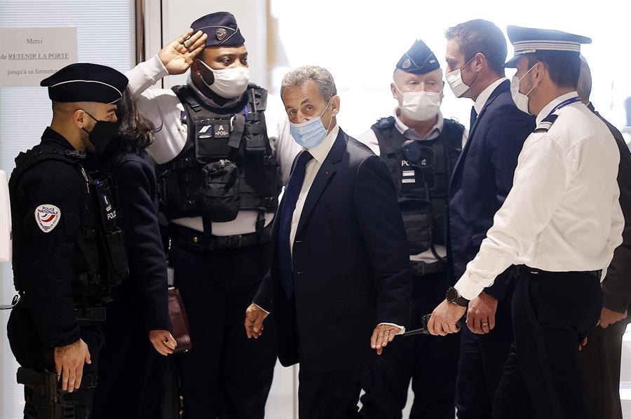 Nicolas Sarkozy es condenado a prisión