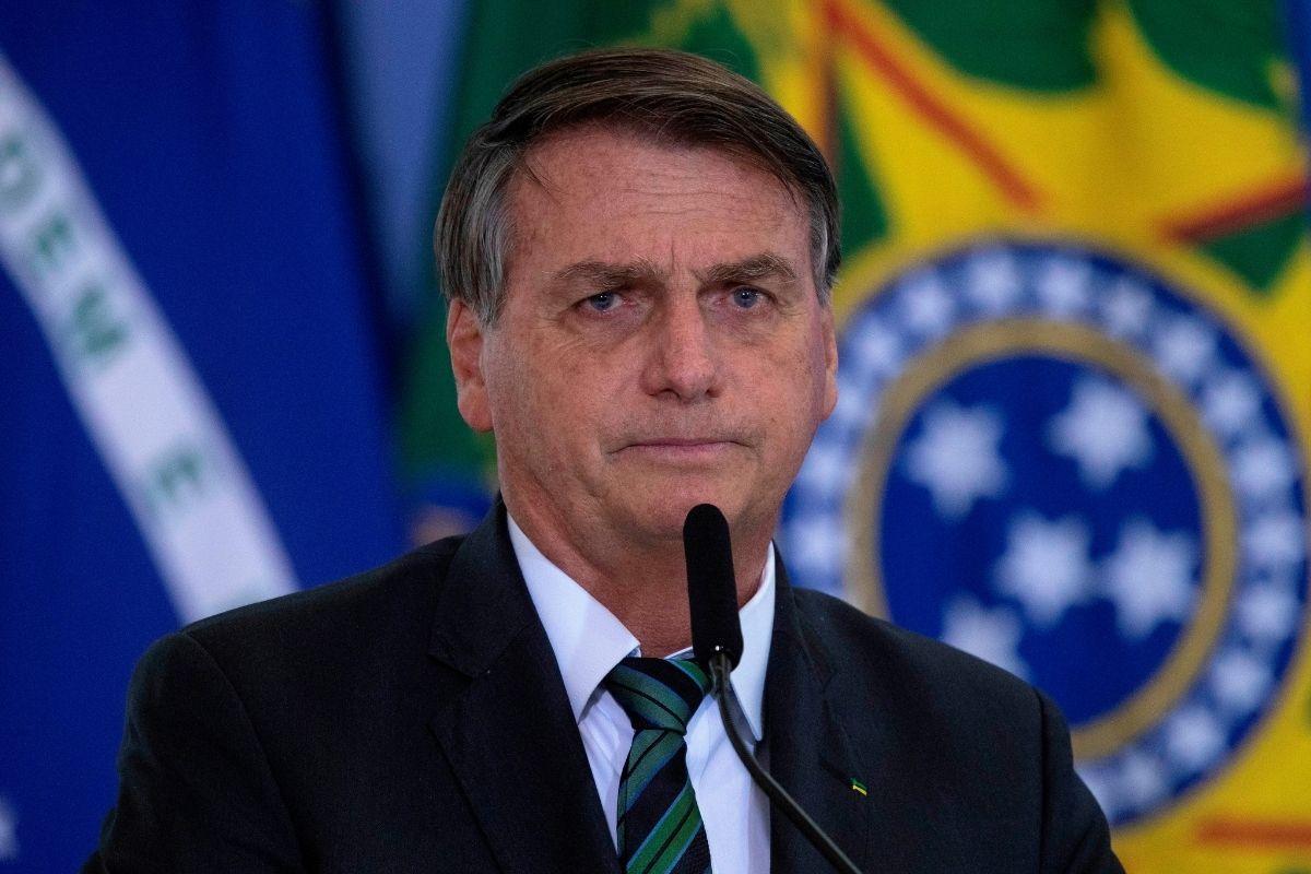 «No más lloriqueos», dijo Bolsonaro a Brasil después de un día récord de muertes por Covid